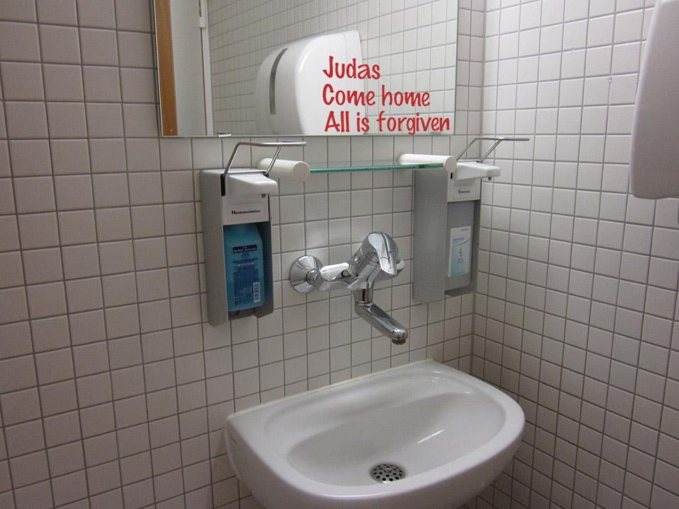 bathroom-sink-243463_960_720 copy